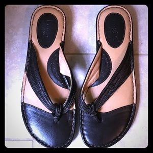 Born B.O.C. Brown Sandals Size 10, Great Condition